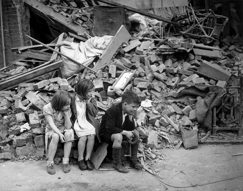 WAR & CONFLICT BOOK ERA:  WORLD WAR II/WAR IN THE WEST/BATTLE OF BRITAIN